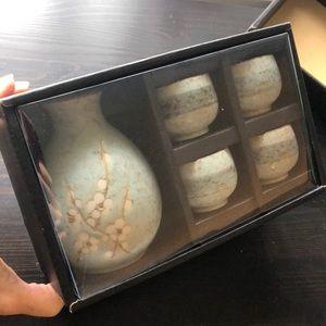 Other - NIB Japanese saki set